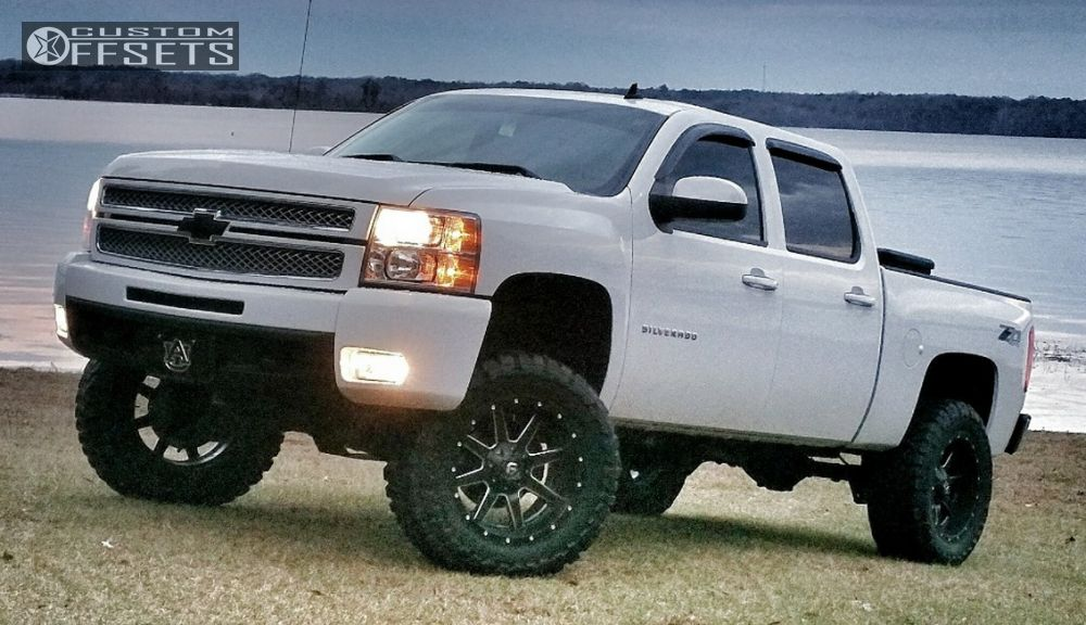 2012 chevrolet silverado 1500 fuel maverick rough country suspension lift 75in. Black Bedroom Furniture Sets. Home Design Ideas