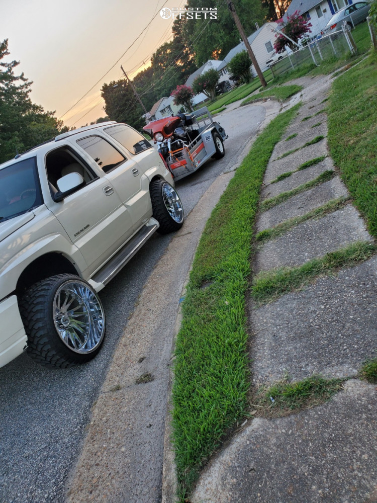 """2005 Cadillac Escalade Aggressive > 1"""" outside fender on 24x14 -72 offset Tuff T2a and 33""""x12.5"""" Comforser Cf3000 on Leveling Kit - Custom Offsets Gallery"""