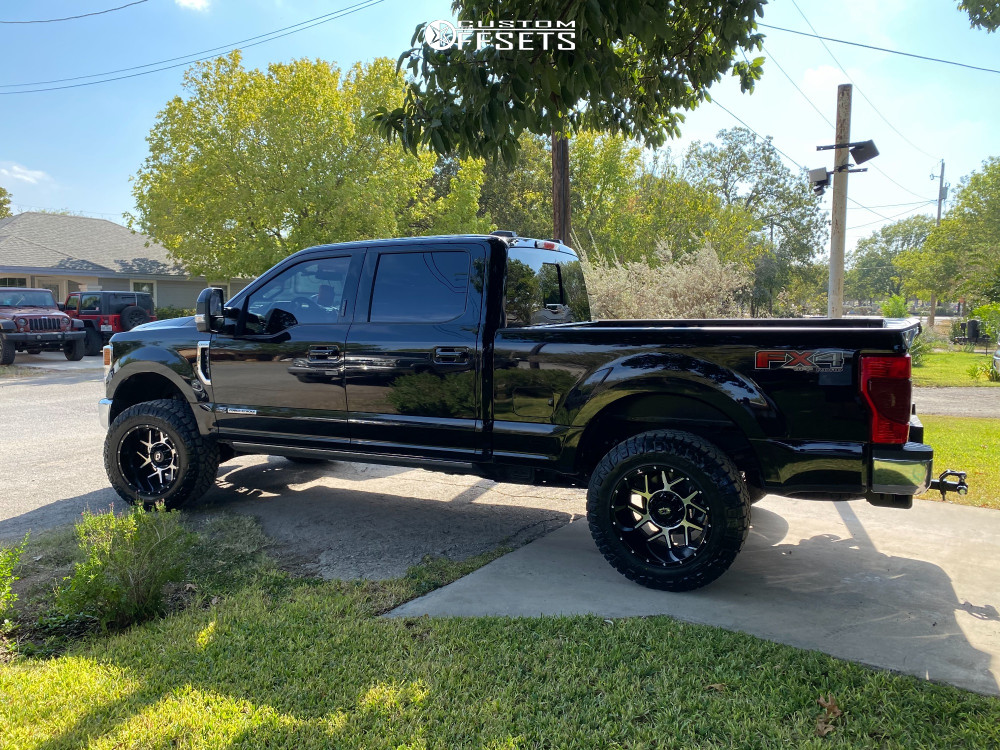 """2020 Ford F-250 Super Duty Aggressive > 1"""" outside fender on 20x12 -51 offset Vision Sliver and 35""""x12.5"""" Nitto Ridge Grappler on Leveling Kit - Custom Offsets Gallery"""