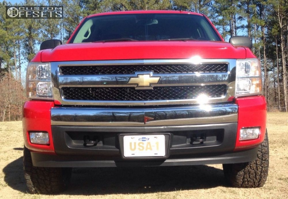 2 2007 Silverado 1500 Chevrolet Suspension Lift 35 Hostile Zombie Chrome Slightly Aggressive