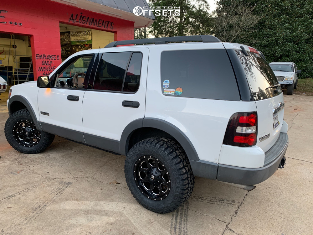 """2006 Ford Explorer Slightly Aggressive on 18x9 0 offset Fuel Boost and 305/60 Federal Xplora Rt on Suspension Lift 2.5"""" - Custom Offsets Gallery"""