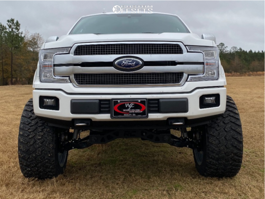 """2020 Ford F-150 Super Aggressive 3""""-5"""" on 24x14 -76 offset Moto Metal Mo986 and 37""""x13.5"""" Nitto Trail Grappler on Suspension Lift 6"""" - Custom Offsets Gallery"""