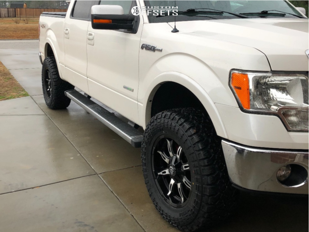 "2013 Ford F-150 Aggressive > 1"" outside fender on 18x9 -12 offset Vision Manic and 33""x12.5"" Kenda Klever At2 on Leveling Kit - Custom Offsets Gallery"