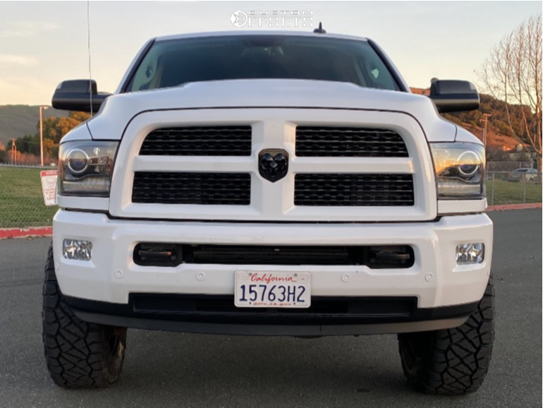 """2017 Ram 2500 Aggressive > 1"""" outside fender on 20x9 1 offset Fuel Siege and 35""""x12.5"""" Nitto Ridge Grappler on Leveling Kit - Custom Offsets Gallery"""