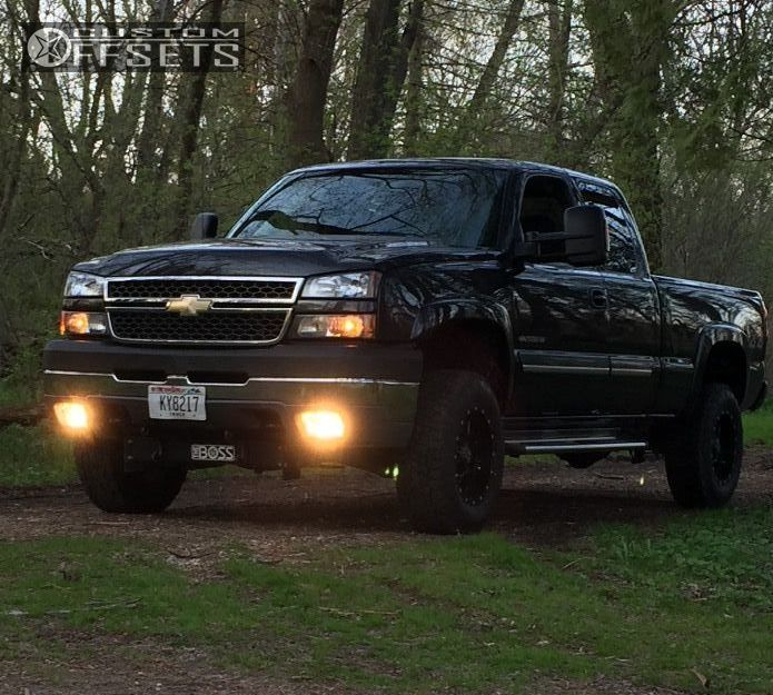 1 2005 Silverado 2500 Hd Chevrolet Leveling Kit Kmc 810 Black Slightly Aggressive