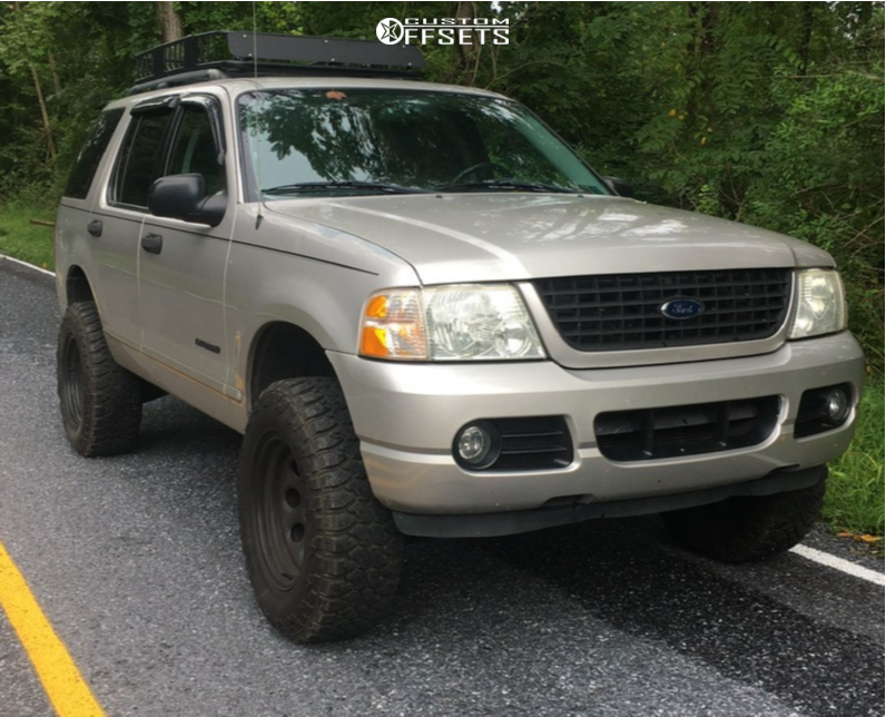 "2004 Ford Explorer Aggressive > 1"" outside fender on 17x9 -12 offset Black Rock Type 8 997B and 265/70 Centennial Dirt Commander Mt on Suspension Lift 3"" - Custom Offsets Gallery"
