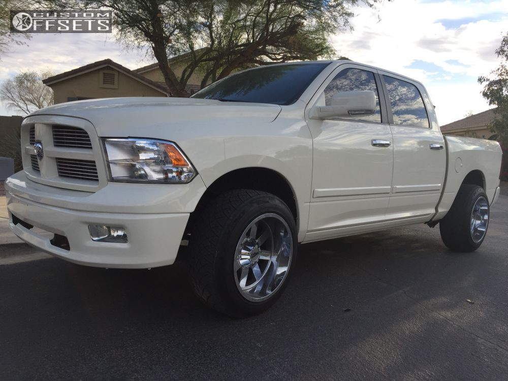 "2010 Ram 1500 Super Aggressive 3""-5"" on 20x12 -44 offset Moto Metal MO962 and 275/55 Nitto NT420S on Leveling Kit - Custom Offsets Gallery"