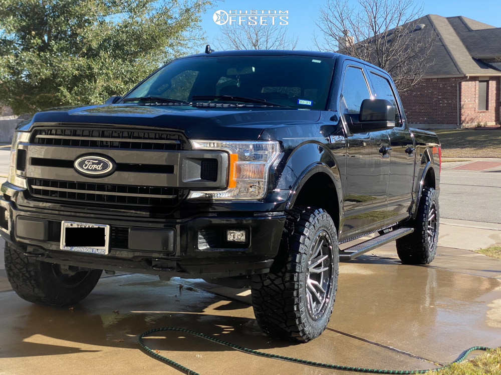 """2018 Ford F-150 Aggressive > 1"""" outside fender on 20x10 -18 offset Fuel Rebel and 33""""x12.5"""" Nitto Ridge Grappler on Leveling Kit - Custom Offsets Gallery"""