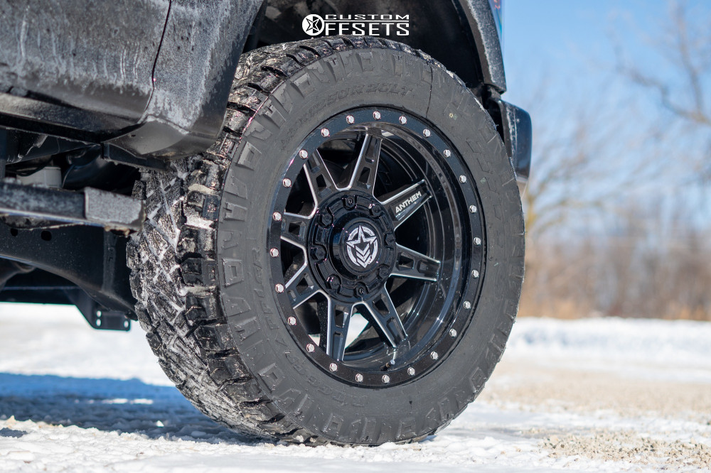 """2020 Ford F-350 Super Duty Aggressive > 1"""" outside fender on 20x10 -18 offset Anthem Off-Road Rogue and 33""""x12.5"""" Nitto Ridge Grappler on Stock Suspension - Custom Offsets Gallery"""