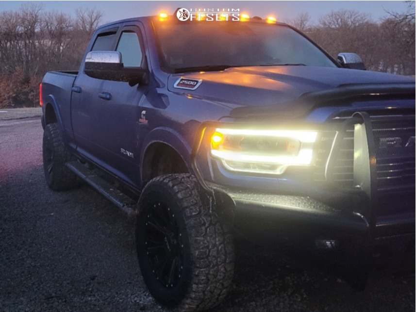 "2019 Ram 2500 Aggressive > 1"" outside fender on 20x9 -12 offset Helo HE903 and 35""x12.5"" Federal Xplora Rt on Stock - Custom Offsets Gallery"