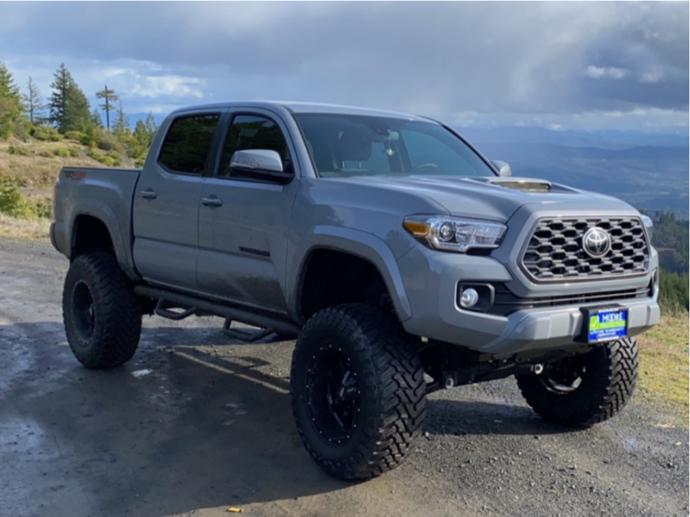 """2021 Toyota Tacoma Aggressive > 1"""" outside fender on 18x10 -24 offset Moto Metal Mo970 and 35""""x12.5"""" Atturo Trail Blade Mt on Suspension Lift 8"""" - Custom Offsets Gallery"""