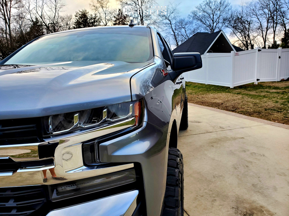 "2019 Chevrolet Silverado 1500 Aggressive > 1"" outside fender on 20x10 -19 offset Hardrock Overdrive and 295/55 Nitto Ridge Grappler on Leveling Kit - Custom Offsets Gallery"
