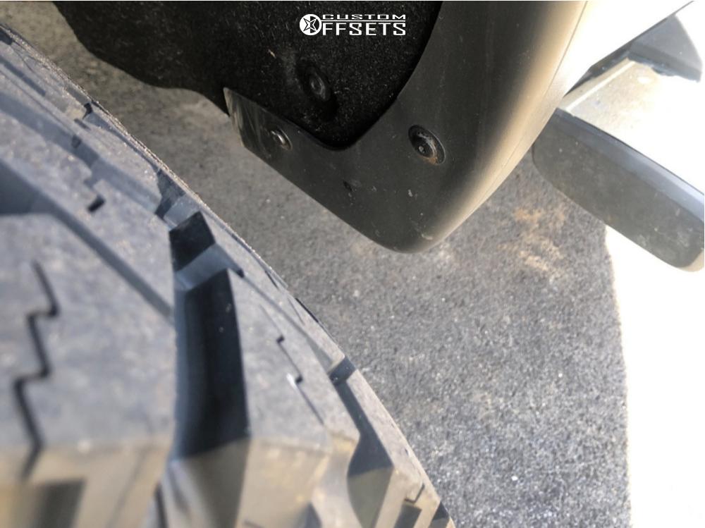 """2016 GMC Sierra 1500 Aggressive > 1"""" outside fender on 22x10 -19 offset Vision Rocker and 33""""x12.5"""" Venom Power Terra Hunter X/t on Leveling Kit - Custom Offsets Gallery"""