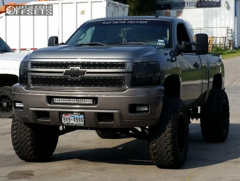 2008 Chevrolet Silverado 1500 Fuel Hostage Rough Country Suspension