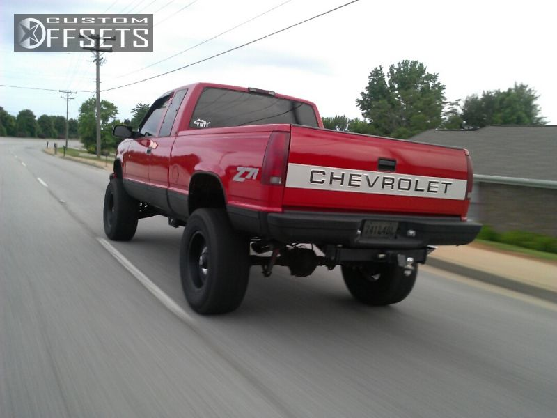 1 1995 C K 1500 Series Chevrolet Suspension Lift 6 Kmc Xd Series Riots Machined Accents Aggressive 1 Outside Fender