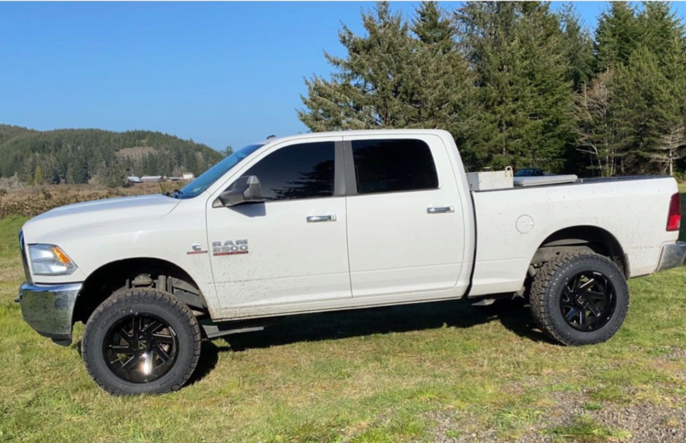"""2018 Ram 2500 Super Aggressive 3""""-5"""" on 20x12 -51 offset ARKON OFF-ROAD Lincoln and 35""""x12.5"""" Kenda Klever R/t on Leveling Kit - Custom Offsets Gallery"""