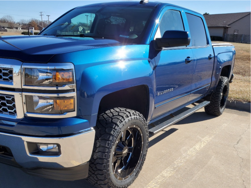 "2015 Chevrolet Silverado 1500 Aggressive > 1"" outside fender on 20x10 -24 offset Moto Metal Mo962 and 33""x12.5"" Kenda Klever R/t on Suspension Lift 3.5"" - Custom Offsets Gallery"