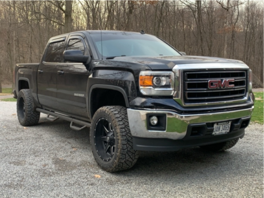 "2014 GMC Sierra 1500 Aggressive > 1"" outside fender on 20x10 -24 offset Fuel Maverick and 33""x12.5"" Nitto Ridge Grappler on Leveling Kit - Custom Offsets Gallery"