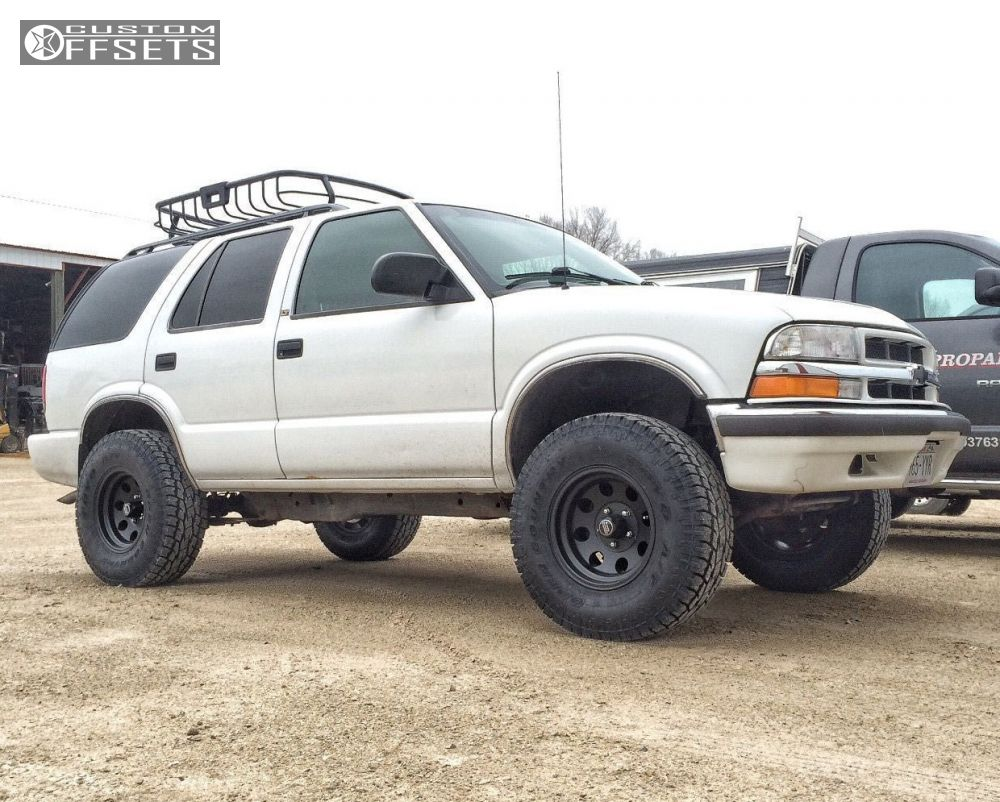 Wheel Offset 2000 Chevrolet Blazer Aggressive 1 Outside Fender ...