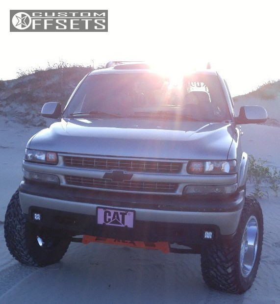 4 2002 Tahoe Chevrolet Suspension Lift 6 Helo He886 Chrome Aggressive 1 Outside Fender