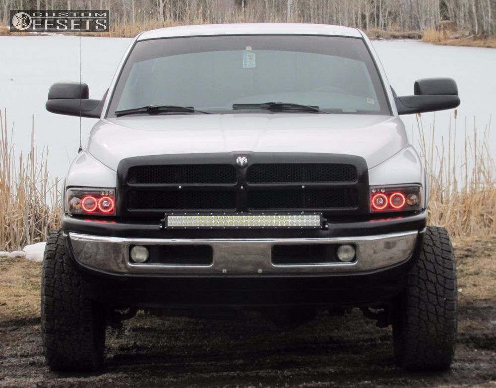 1 1999 Ram 2500 Dodge Suspension Lift 4 Pro Comp 7069 Black Super Aggressive 3 5