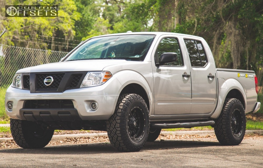 2014 Nissan Frontier Fuel Hostage Rough Country Leveling Kit