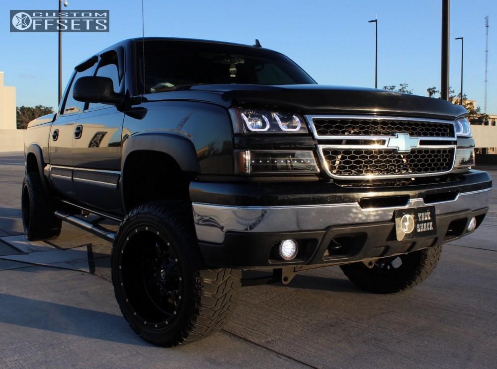 13 2007 Silverado 1500 Classic Chevrolet Suspension Lift 4 Fuel Krank Black Aggressive 1 Outside Fender