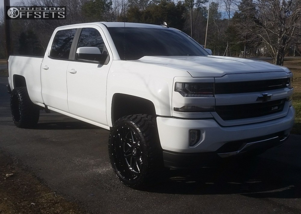 1 2017 Silverado 1500 Chevrolet Suspension Lift 3 Hostile Sprocket Machined Accents Aggressive 1 Outside Fender