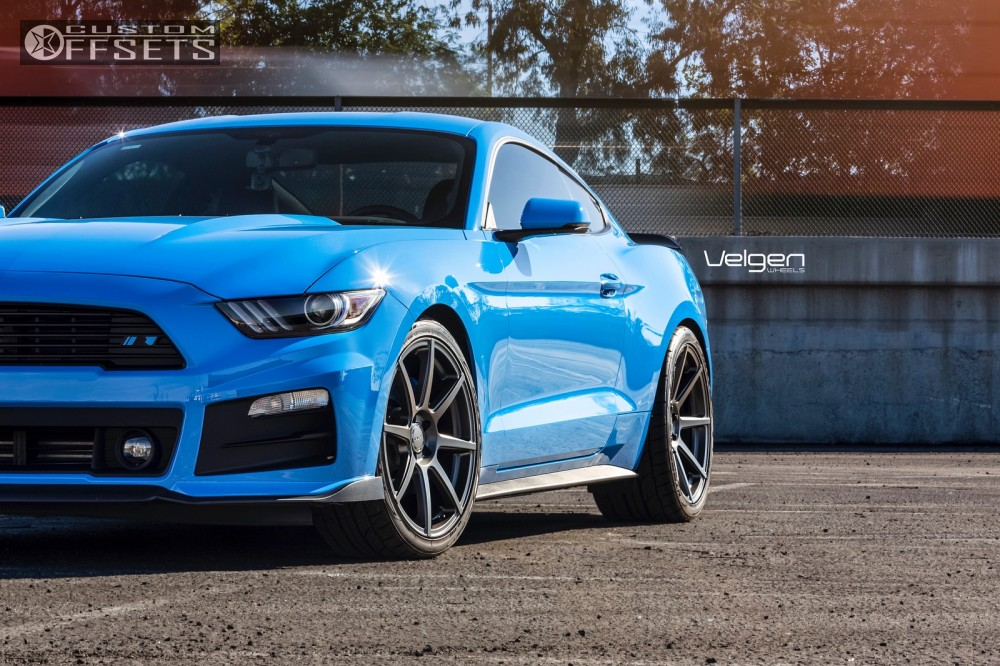 7 2017 Mustang Ford Stock Velgen Wheels Clic5 Gunmetal Flush