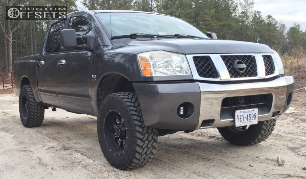 2004 Nissan Titan Gear Alloy Dominator Rough Country Leveling Kit