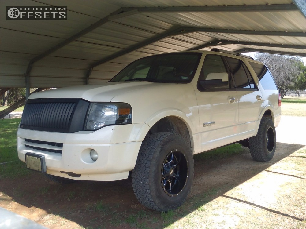 Wheel Offset 2007 Ford Expedition Aggressive 1 Outside Fender