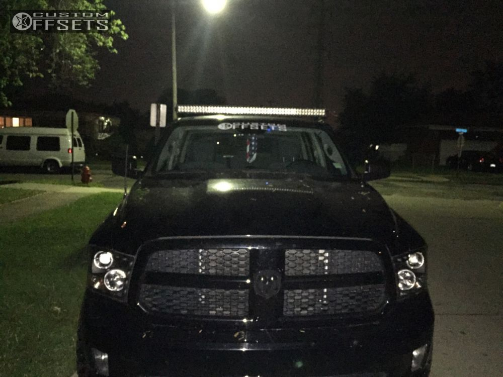 15 2013 1500 Ram Leveling Kit Xd Rockstar Black Aggressive 1 Outside Fender