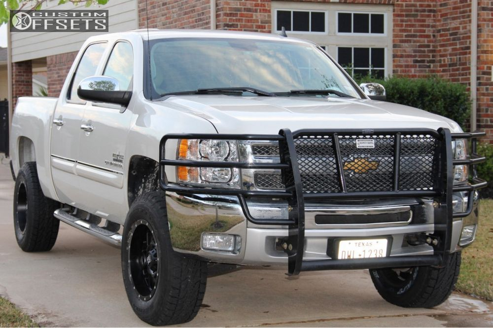 wheel offset 2012 chevrolet silverado 1500 slightly aggressive suspension lift 4. Black Bedroom Furniture Sets. Home Design Ideas
