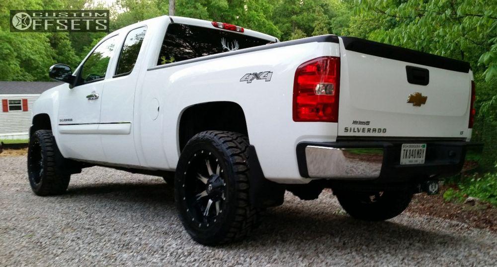 2012 Chevrolet Silverado 1500 Fuel Nutz Rough Country
