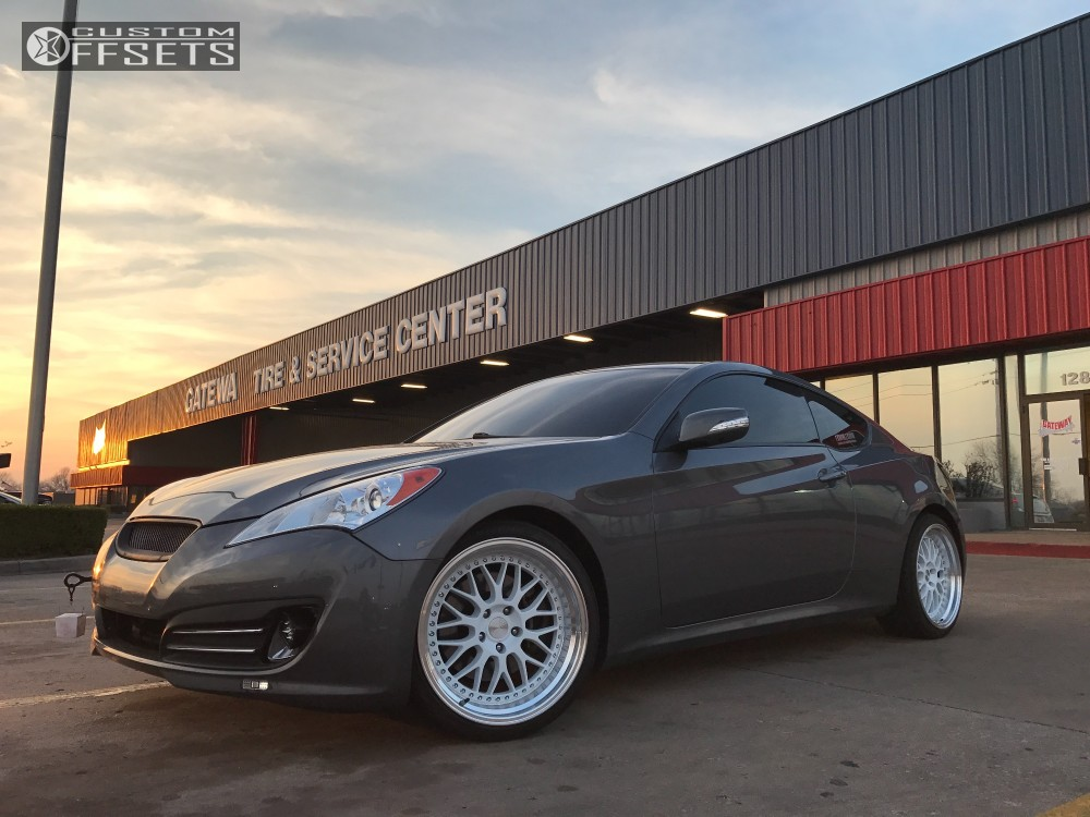 2011 hyundai genesis coupe esr sr01 stock stock. Black Bedroom Furniture Sets. Home Design Ideas