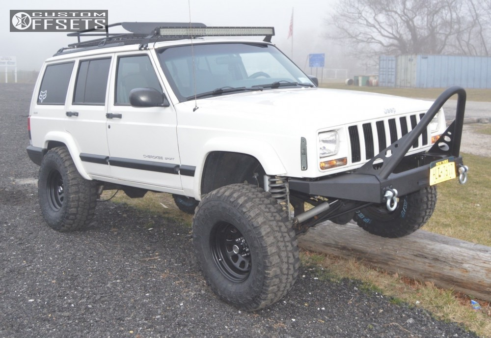 1 2000 Cherokee Jeep Suspension Lift 45 Allied 005 Black Aggressive 1 Outside Fender
