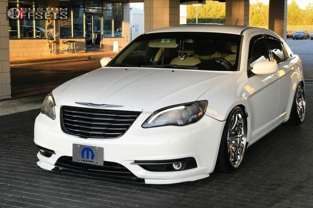 Toyota Crown Modellista in addition Chrysler C Srt Rides Magazine Hz Audio New Feat likewise S L furthermore T in addition . on custom chrysler 200 accessories