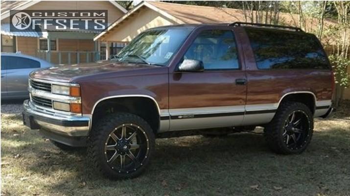 Black Chevrolet Tahoe