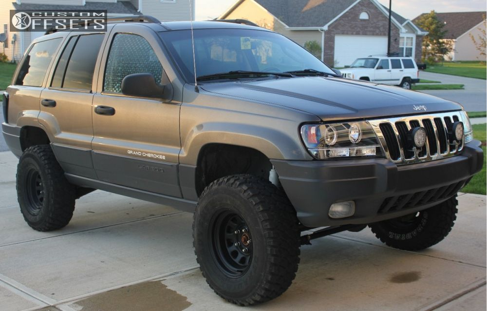 Wheel Offset 2003 Jeep Grand Cherokee Aggressive 1 Outside