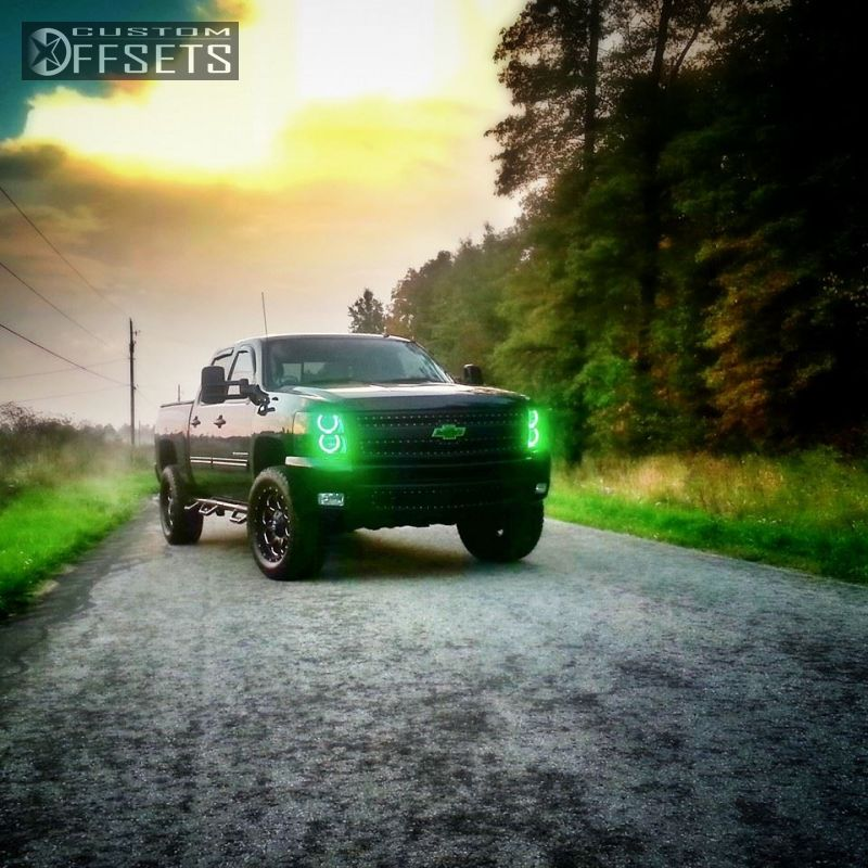 1 2011 Silverado 1500 Chevrolet Leveling Kit Fuel Boost Machined Accents Hellaflush