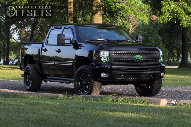 2 2011 Silverado 1500 Chevrolet Leveling Kit Fuel Boost Machined Accents Hellaflush