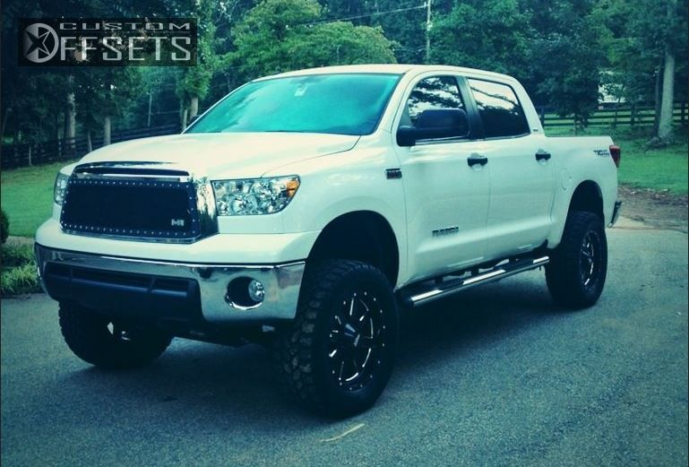 2252 1 2012 tundra toyota suspension lift 6 moto metal mo962 black aggressive 1 outside fender.jpg