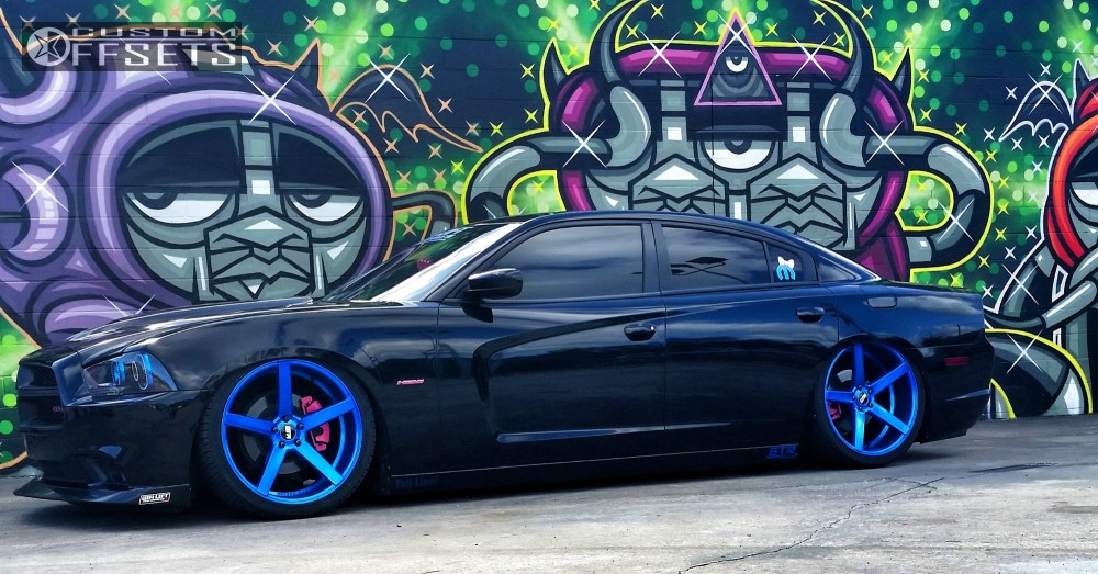 2013 Dodge Charger Str 607 Air Lift Performance Bagged