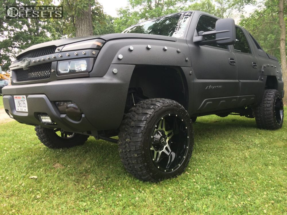 2003 chevrolet avalanche 1500 tis 538mb rough country suspension lift 6in. Black Bedroom Furniture Sets. Home Design Ideas