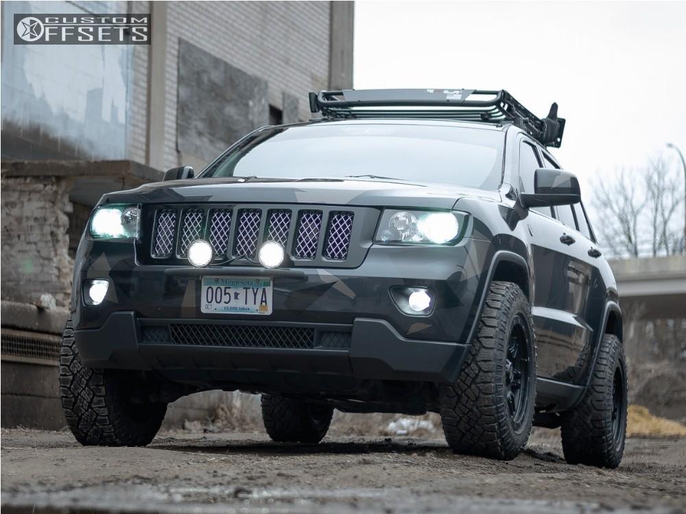 2013 jeep grand cherokee lifted