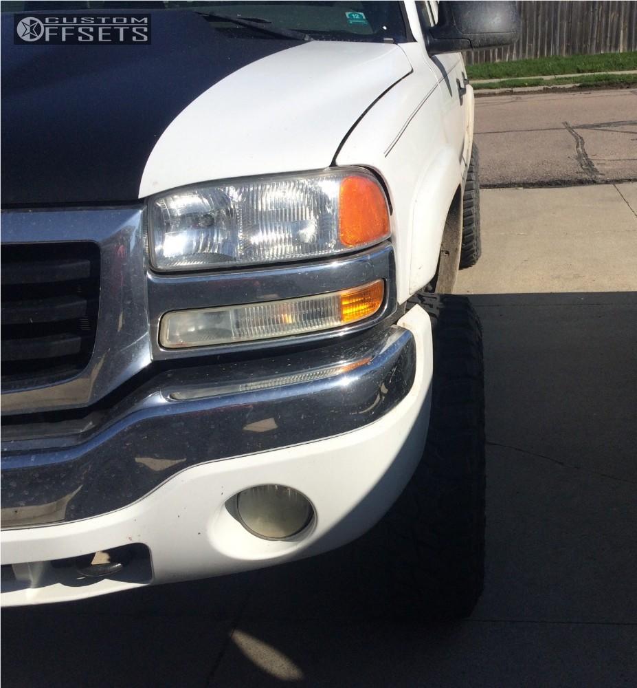 2009 Dodge Ram 2500 Fuel Maverick D538 Fabtech Suspension: 2005 Gmc Sierra 1500 Fuel Maverick D538 Rough Country