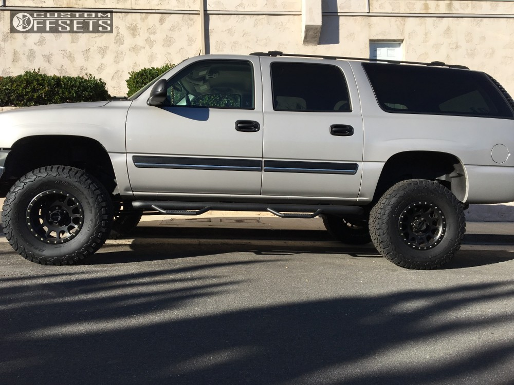 2005 Chevrolet Suburban 1500 Method The Standard Rough Country Suspension Lift 6in Custom Offsets