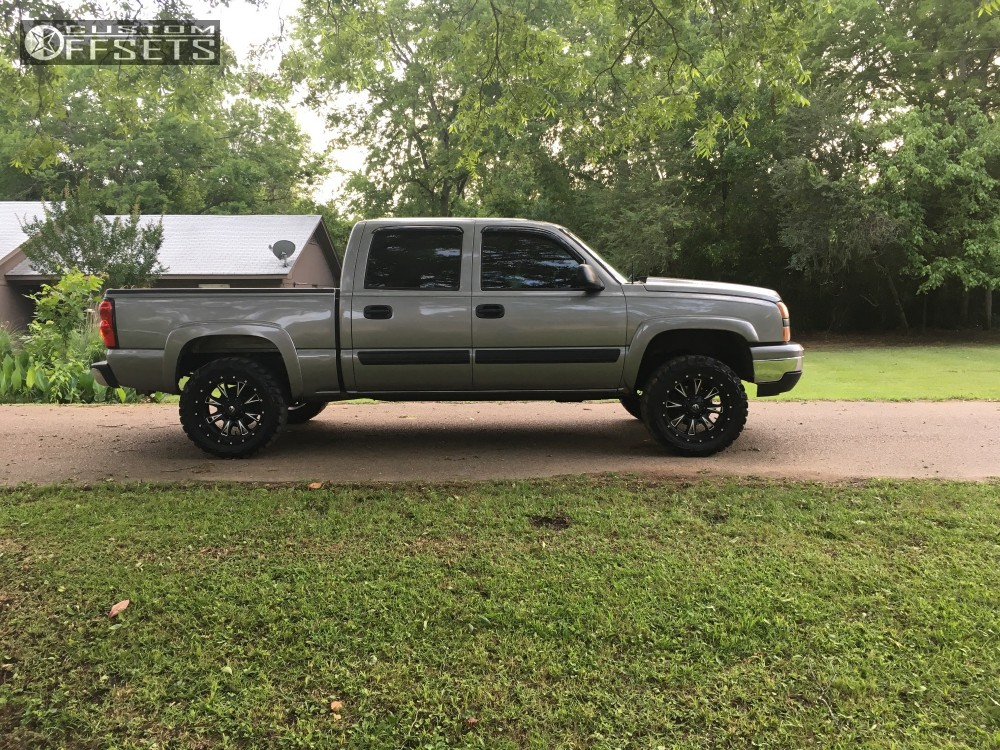 2007 chevrolet silverado 1500 classic fuel 513 rough country leveling kit. Black Bedroom Furniture Sets. Home Design Ideas