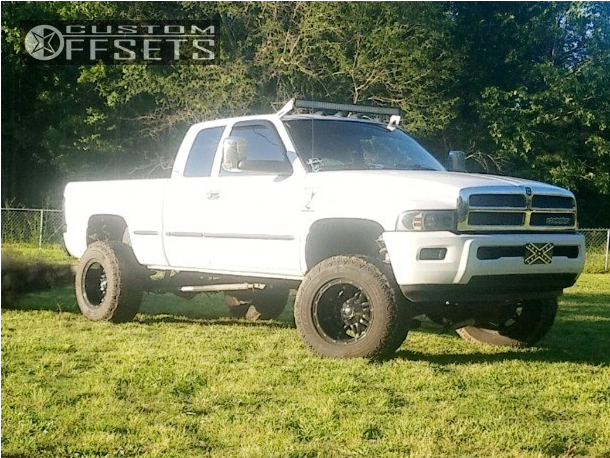 2001 dodge ram 2500 fuel hostage rough country suspension lift 5in. Black Bedroom Furniture Sets. Home Design Ideas
