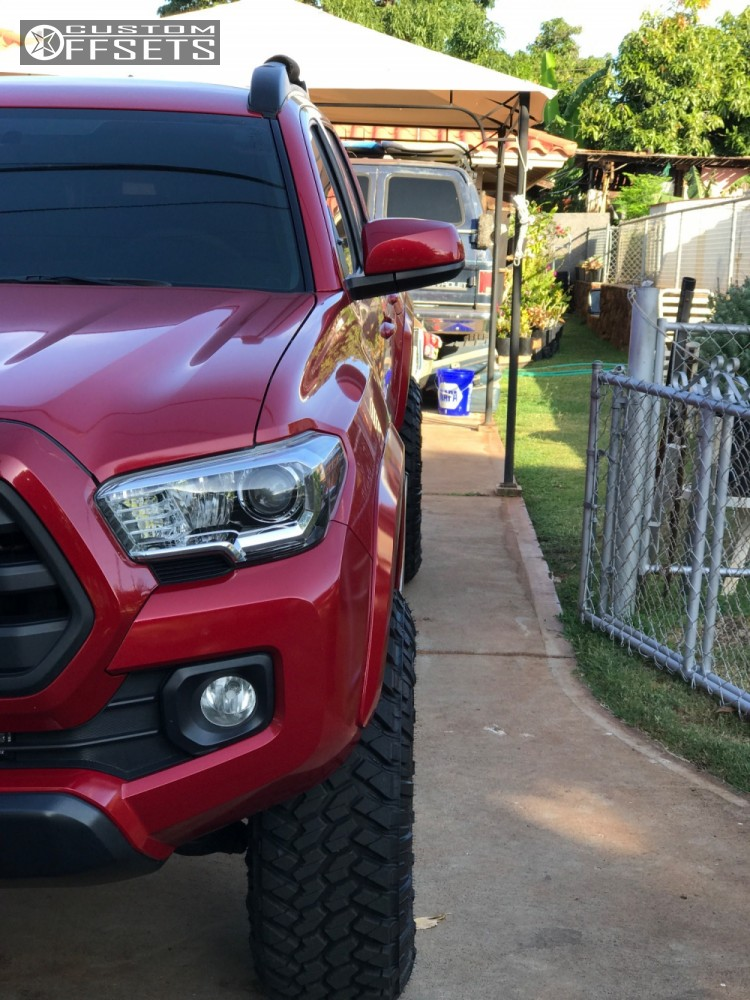 2 2016 Tacoma Toyota Suspension Lift 35 Moto Metal Mo970 Black Aggressive 1 Outside Fender